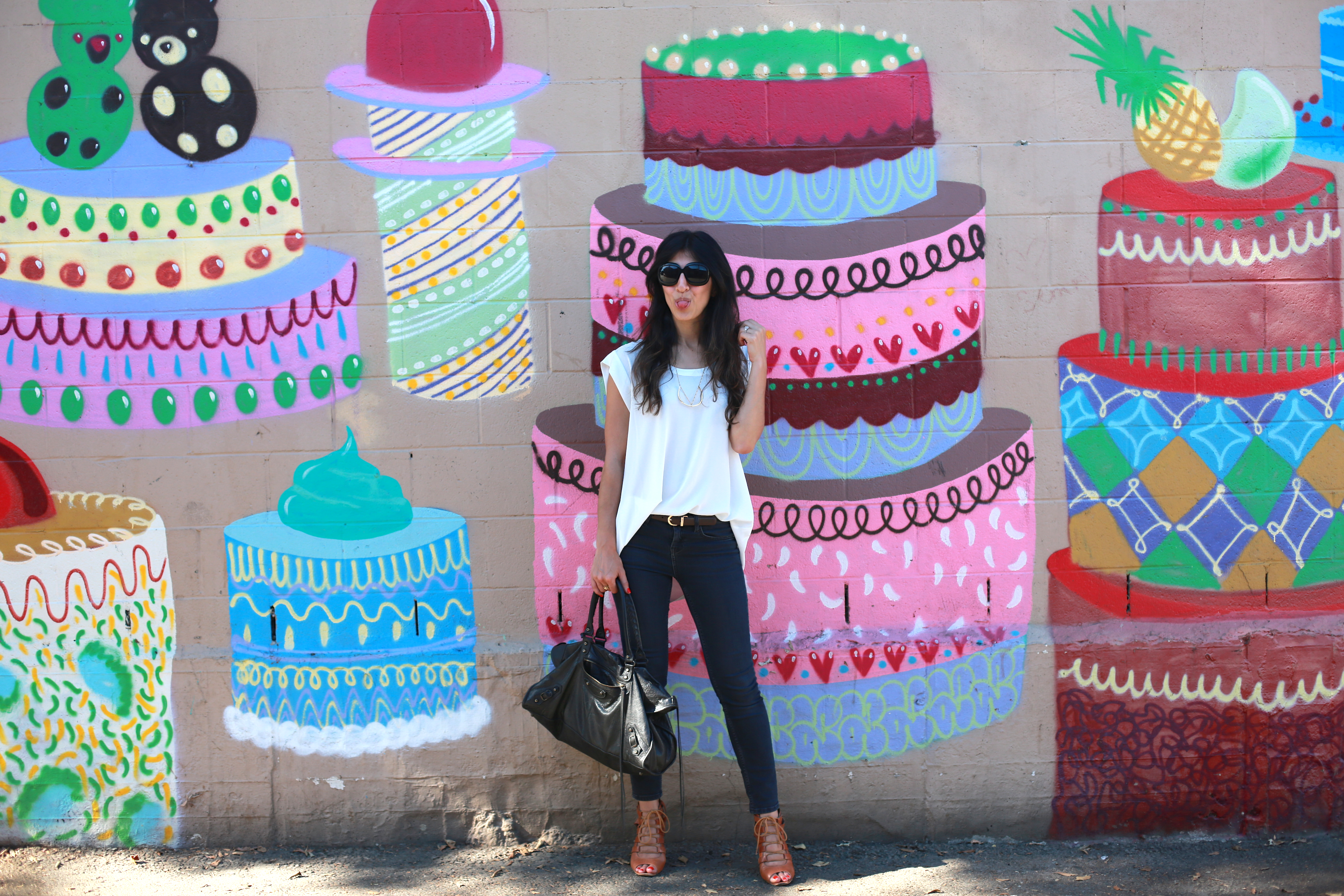 It's a cakewalk! NO wait - it's a cake WALL! (yes, I totally went there!)