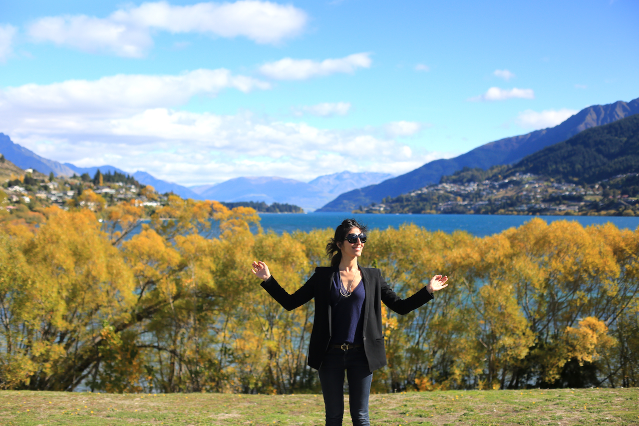 9X2A1705 copy Queenstown town view fall foliage