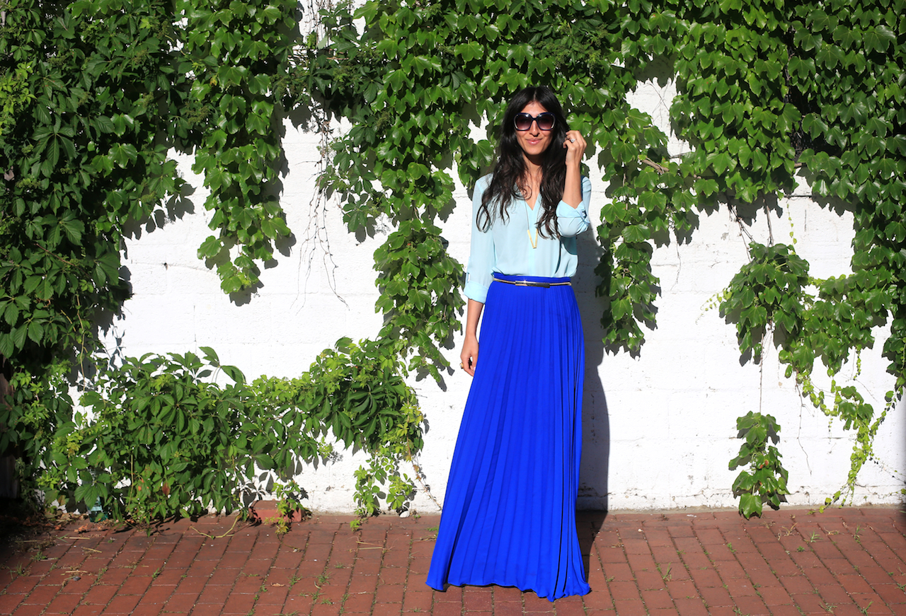 blue skirt ivy wall face-forward